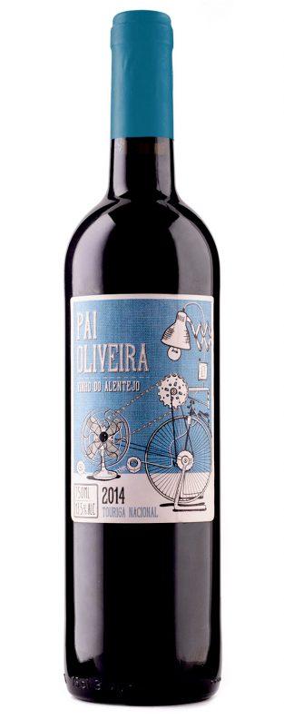Botella y etiqueta de vino Pai Oliveira