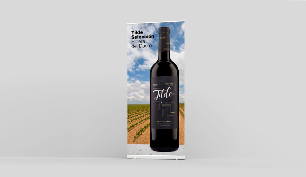 Fotografía de botella de vino profesional para stand de ferias