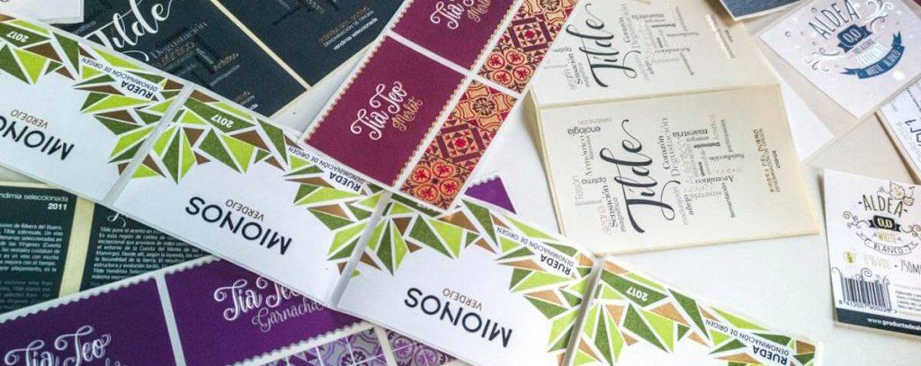 Etiquetas de vino diseñadas por el estudio La Zarcera